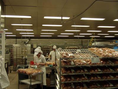 コストコ パン工場